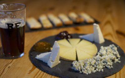 Maridaje de cerveza artesana y queso